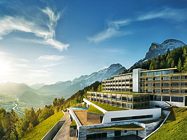 Design hotel in den tiroler alpen romantik wellness und for Alpen design hotel