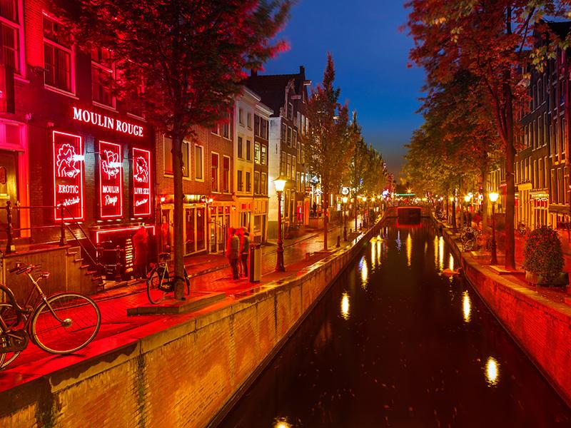 De Wallen Amsterdam Hotels