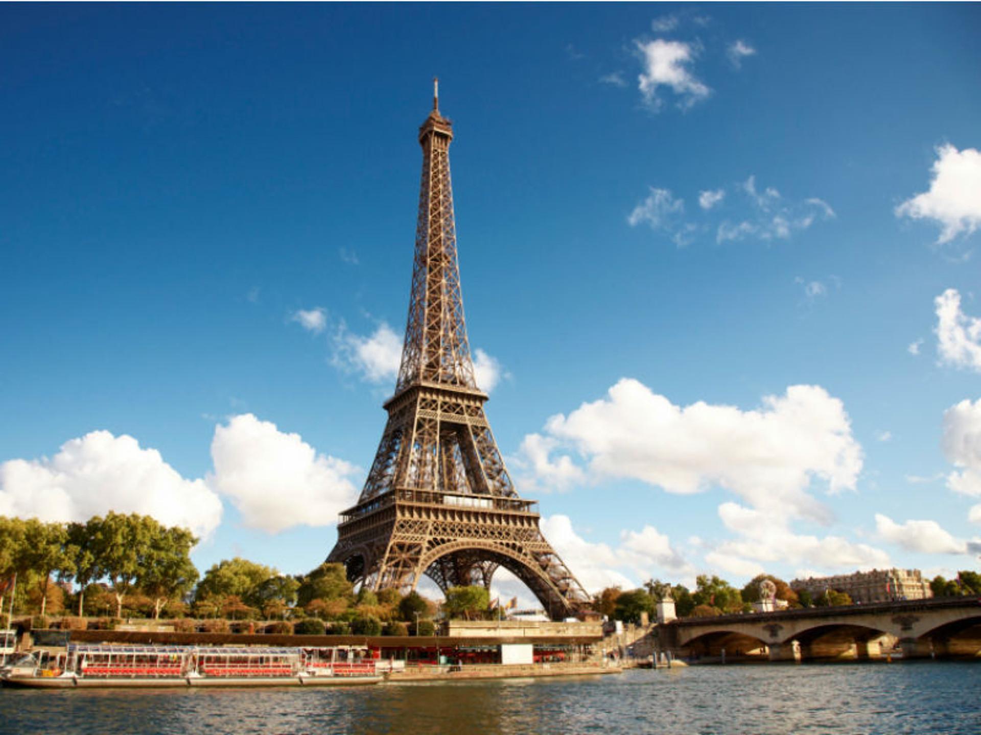 Wie Schwer Ist Der Eiffelturm