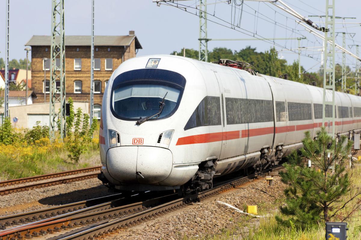 Schienenverkehr Höhere Entschädigungen für Bahnfahrer