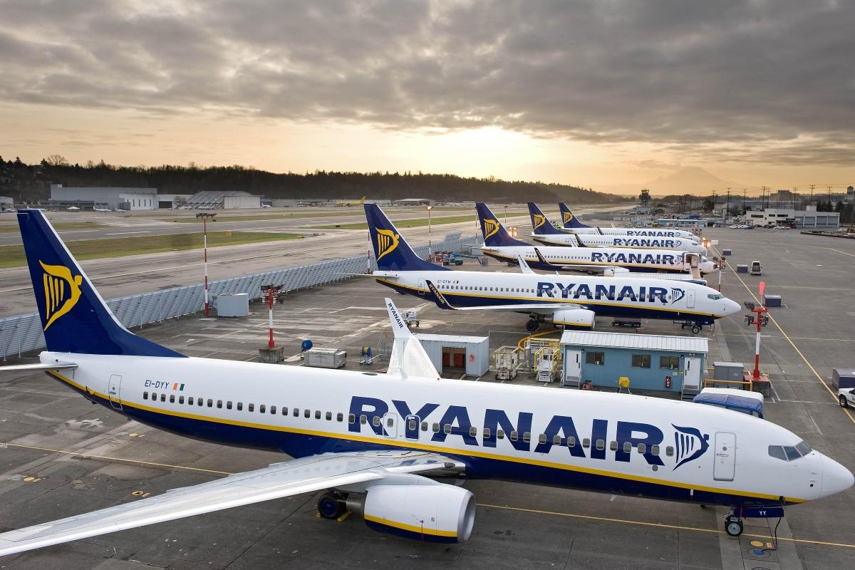 Stornieren oder Ersatzflug Streik bei Ryanair: Das können Betroffene tun