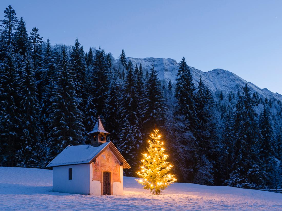 weihnachten in den bergen feiern sie weihnachten im. Black Bedroom Furniture Sets. Home Design Ideas